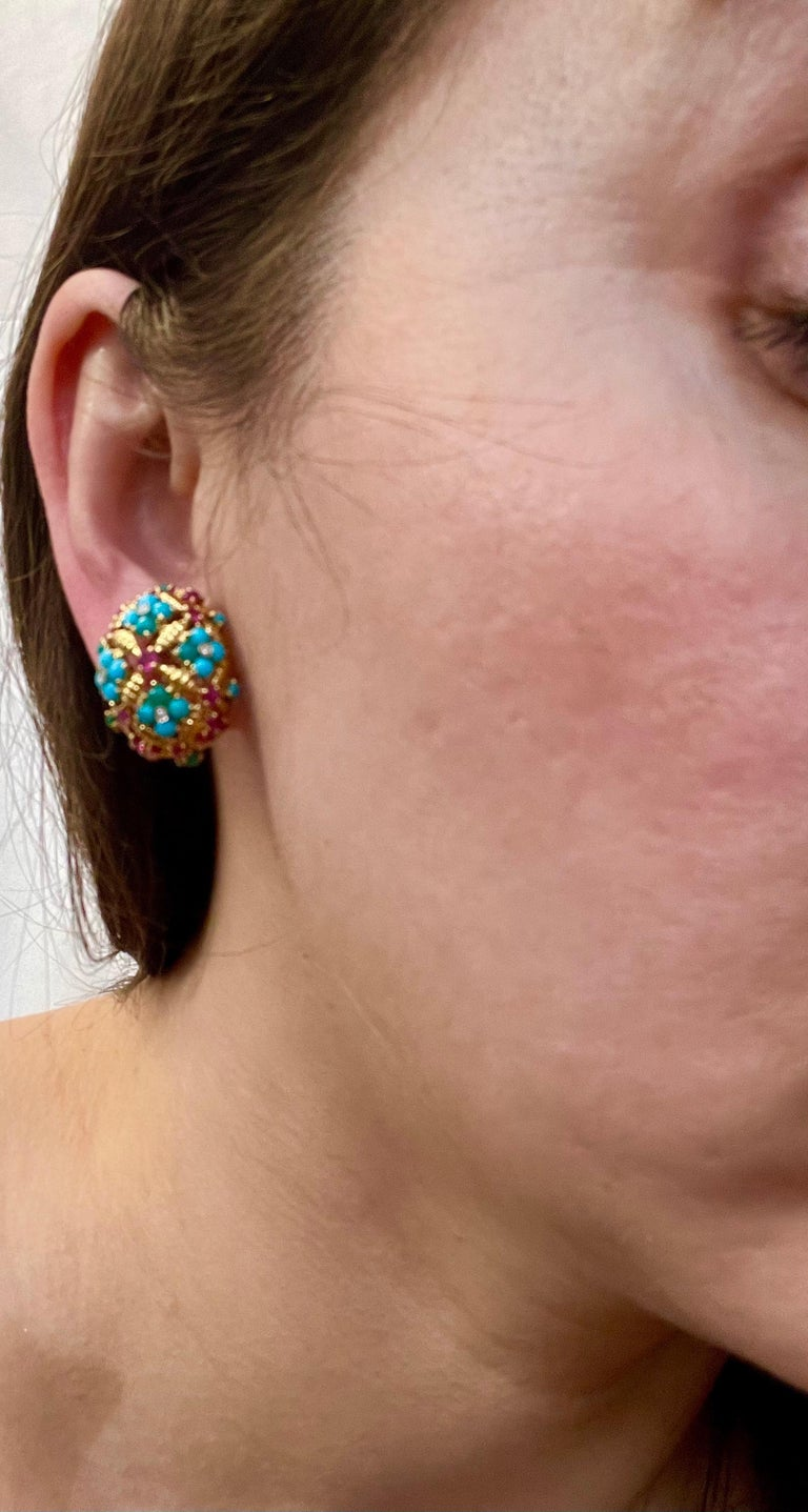 Diamond Ruby and Turquoise Clip Earrings in 18 Karat Yellow Gold 17 Grams For Sale 7