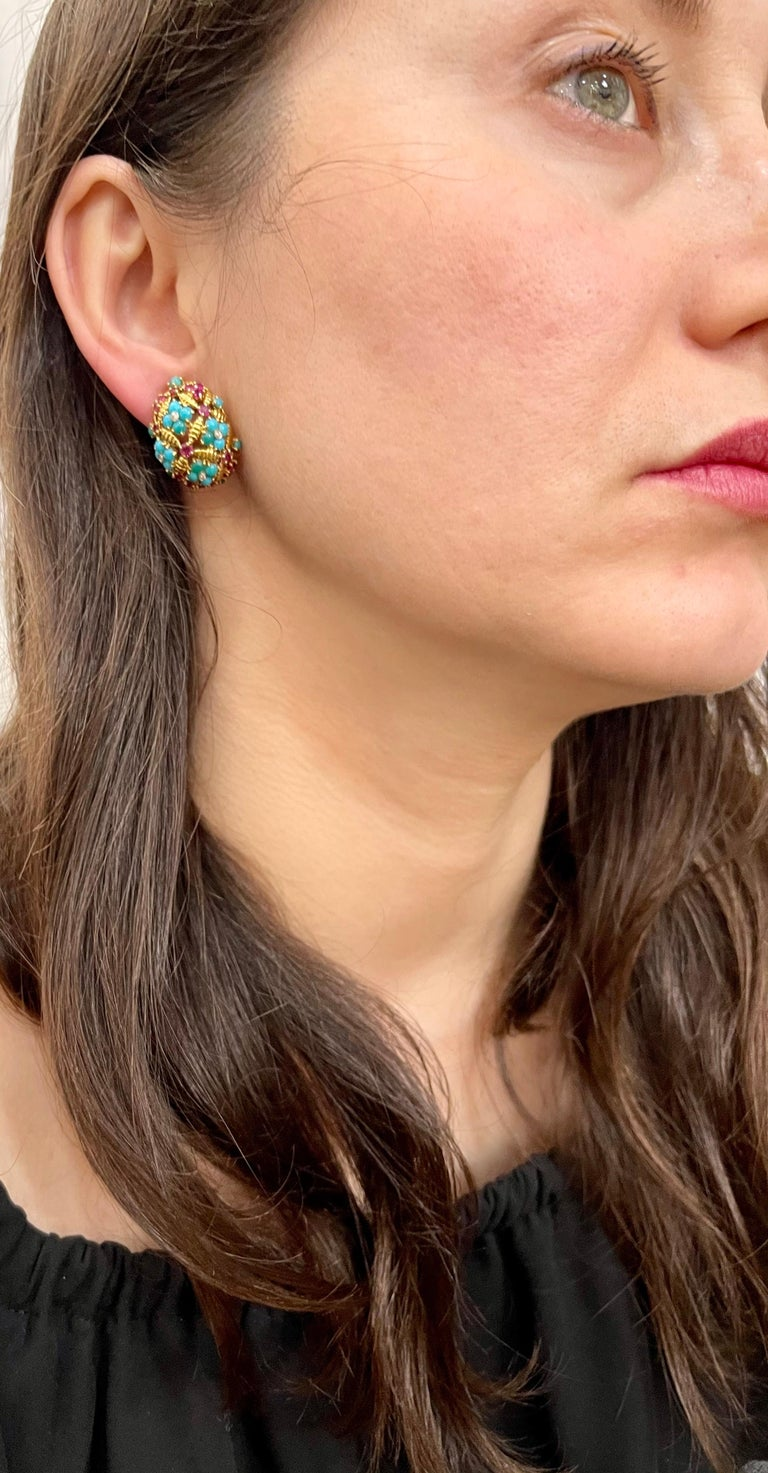 Diamond Ruby and Turquoise Clip Earrings in 18 Karat Yellow Gold 17 Grams For Sale 8