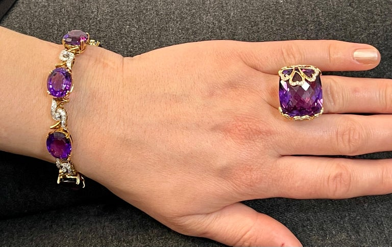 52 Carat Oval Amethyst and Diamond Bracelet in 18 Karat Yellow Gold For Sale 7