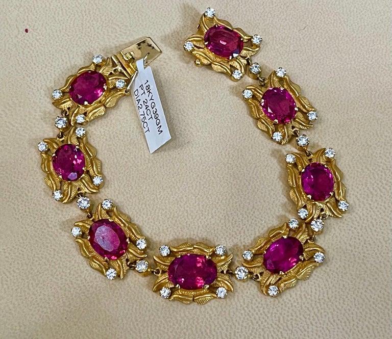 24 Carat Pink Tourmaline and 2.75 Carat Diamond Bracelet  18 Karat Yellow Gold For Sale 4