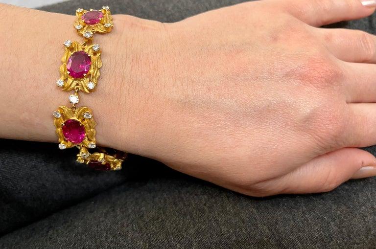 24 Carat Pink Tourmaline and 2.75 Carat Diamond Bracelet  18 Karat Yellow Gold For Sale 6