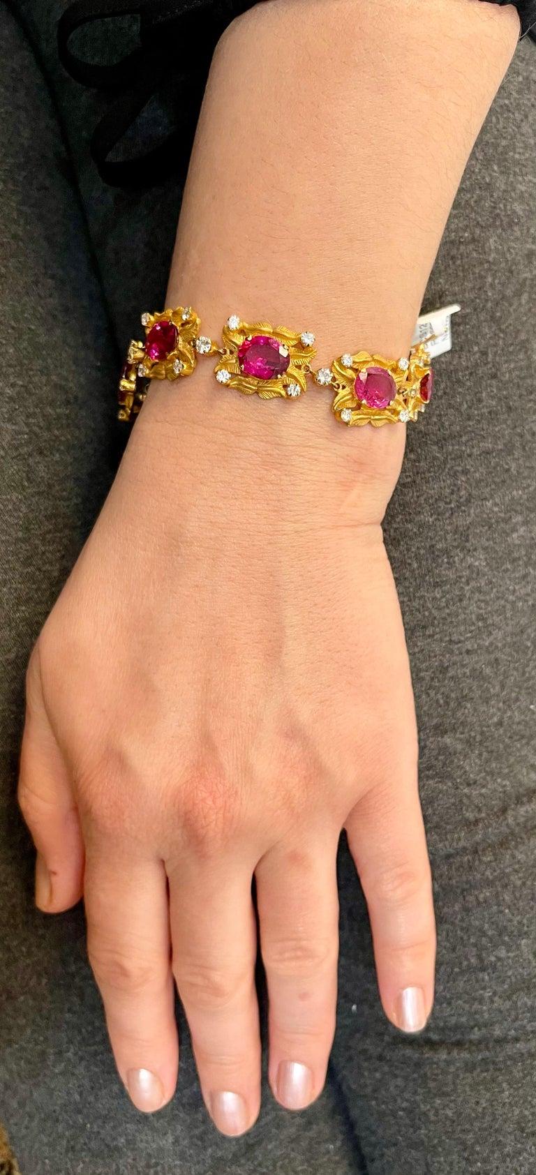 24 Carat Pink Tourmaline and 2.75 Carat Diamond Bracelet  18 Karat Yellow Gold For Sale 7