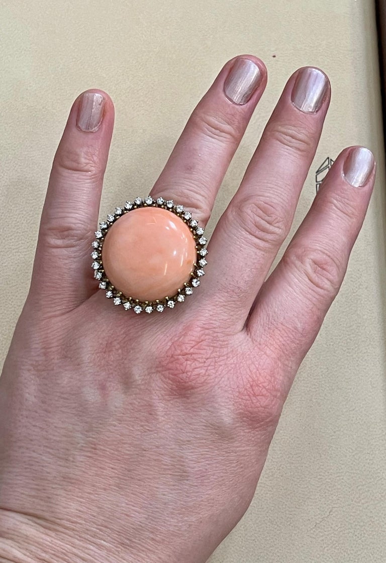 125 Carat Natural Pink Round Coral and Diamond Cocktail Ring 18 Karat Gold For Sale 12