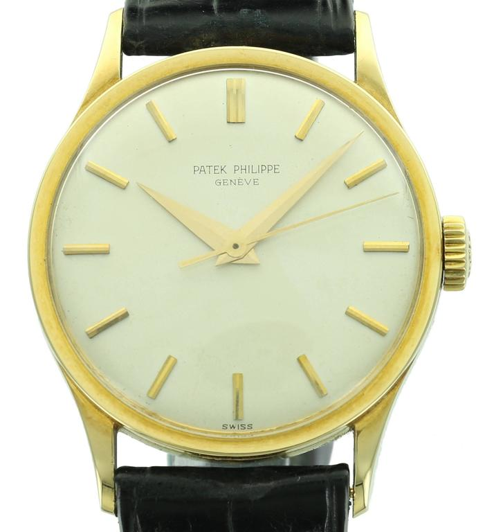 The Patek Philippe reference 570 is one of the most classic and elegant models. It is among the larger of the vintage Calatrava models, which makes it highly collectable as many of the vintage Calatrava models were quite small. This particular 570