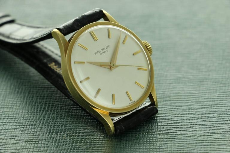 Patek Philippe Yellow Gold Calatrava  Wristwatch Ref 570 For Sale 4