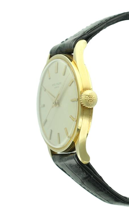 Patek Philippe Yellow Gold Calatrava  Wristwatch Ref 570 In Excellent Condition For Sale In Beverly Hills, CA