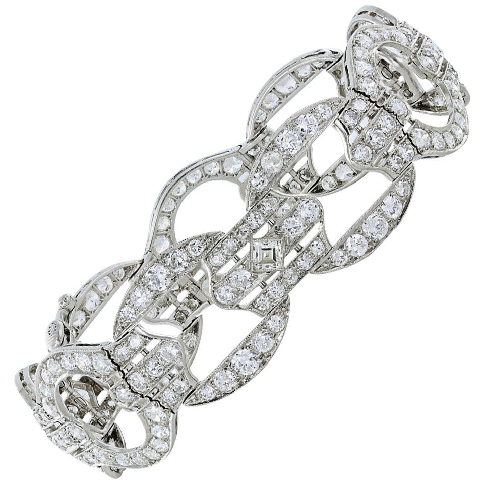Art Deco 18.70 Carat Diamond Platinum Bracelet