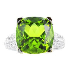 Peridot Pave Diamond Gold Ring