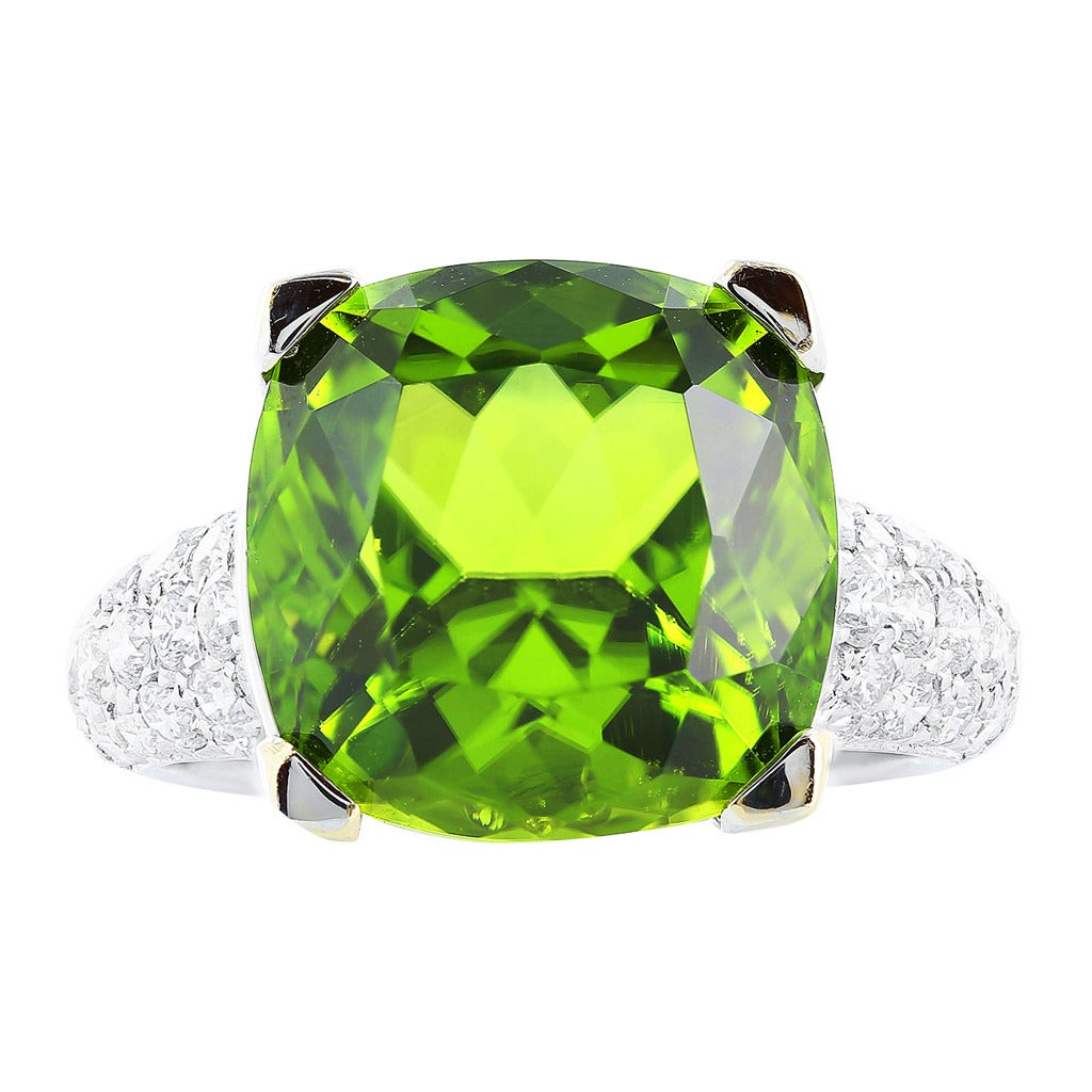 Peridot Pave Diamond Gold Ring For Sale
