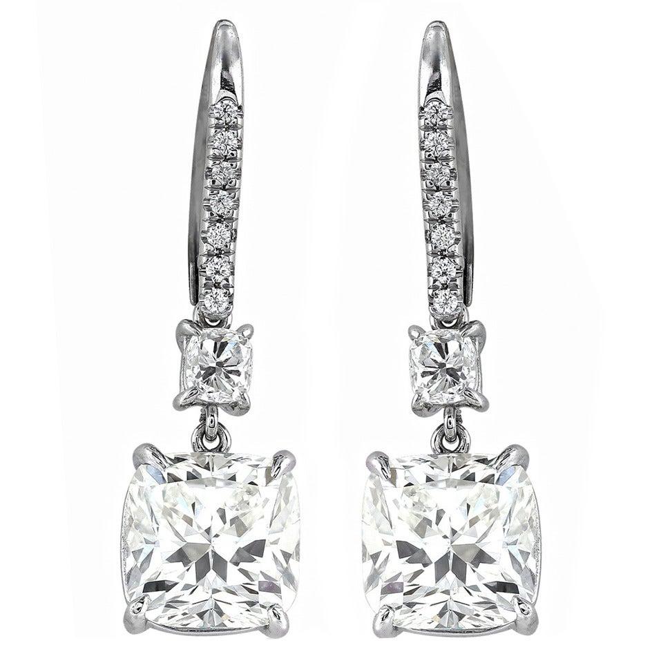 Harry Winston 6.11 Carat Diamond Platinum Dangle Earrings