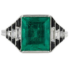 Art Deco Onyx 4.36 carat Emerald Diamond  Ring
