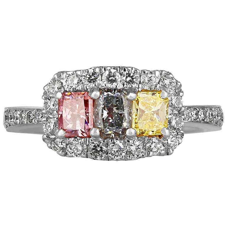 three stone fancy multi colored diamond gold ring at 1stdibs. Black Bedroom Furniture Sets. Home Design Ideas