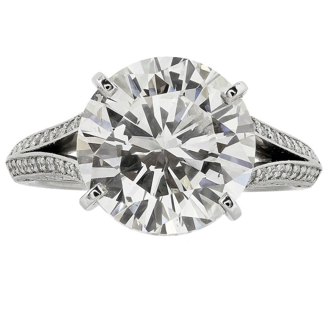 GIA Certified 5.02 Carat Round Brilliant Cut Solitaire Engagement Platinum Ring
