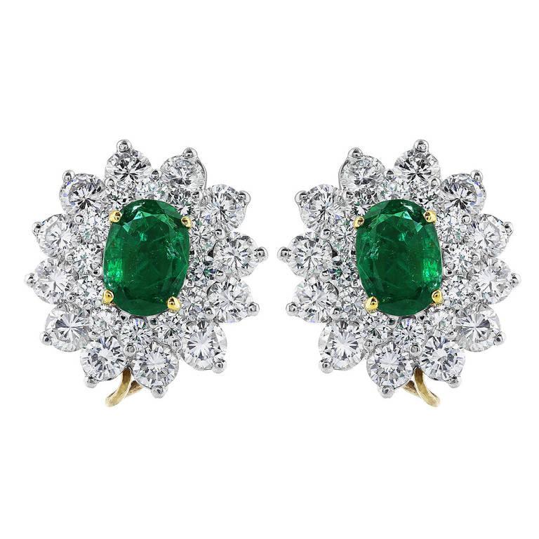 Emerald Diamond Platinum Cluster Earrings For Sale at 1stdibs