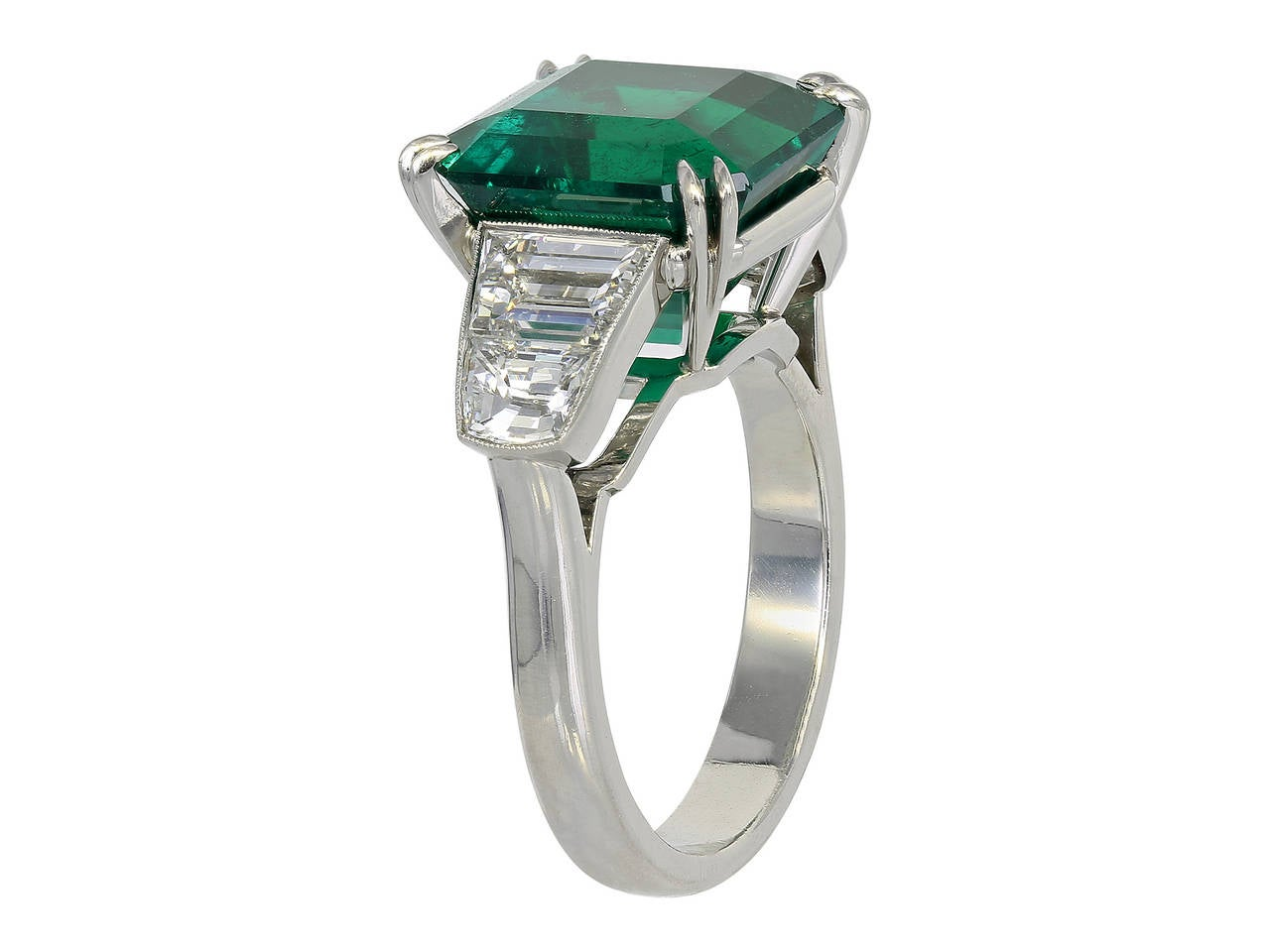 Emerald Cut 7.28 Carat Colombian Emerald Diamond Ring For Sale