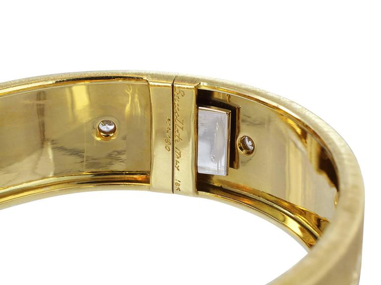 Buccellati Classica Diamond Gold Bangle Bracelet In Excellent Condition For Sale In Chestnut Hill, MA