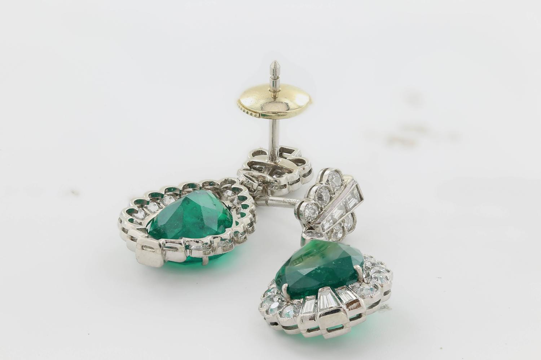 Pair Shape Emerald Diamond Earrings For Sale at 1stdibs