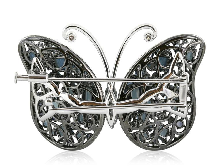 Aquamarine Sapphire Diamond Butterfly Brooch In Excellent Condition For Sale In Chestnut Hill, MA