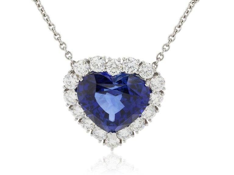 Women's or Men's 16.86 Carat Heart Shape Sapphire and Diamond Pendant For Sale