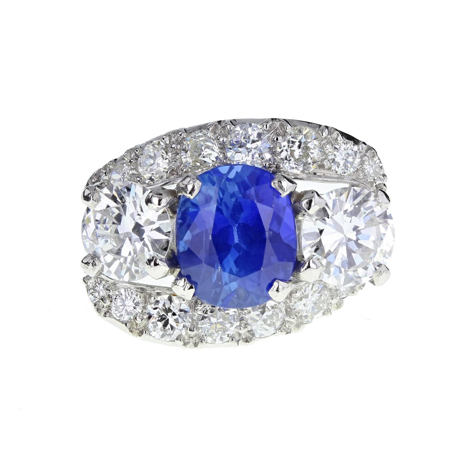 Exceptional Ceylon Sapphire Diamond Platinum Three Stone Ring