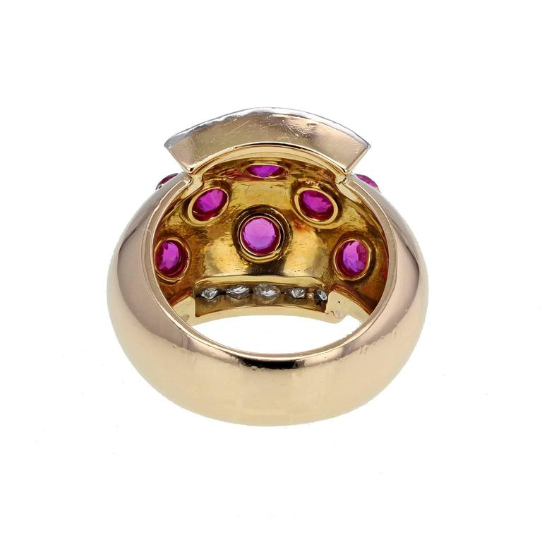 Women's or Men's 1940s Van Cleef & Arpels Retro Ruby Diamond Gold Ring For Sale