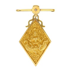 Antique 18 Carat Yellow Gold Avalokiteśvara / Buddha Brooch