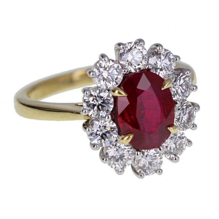 Modern Burma Ruby Diamond 18 Carat Gold Cluster Ring For Sale