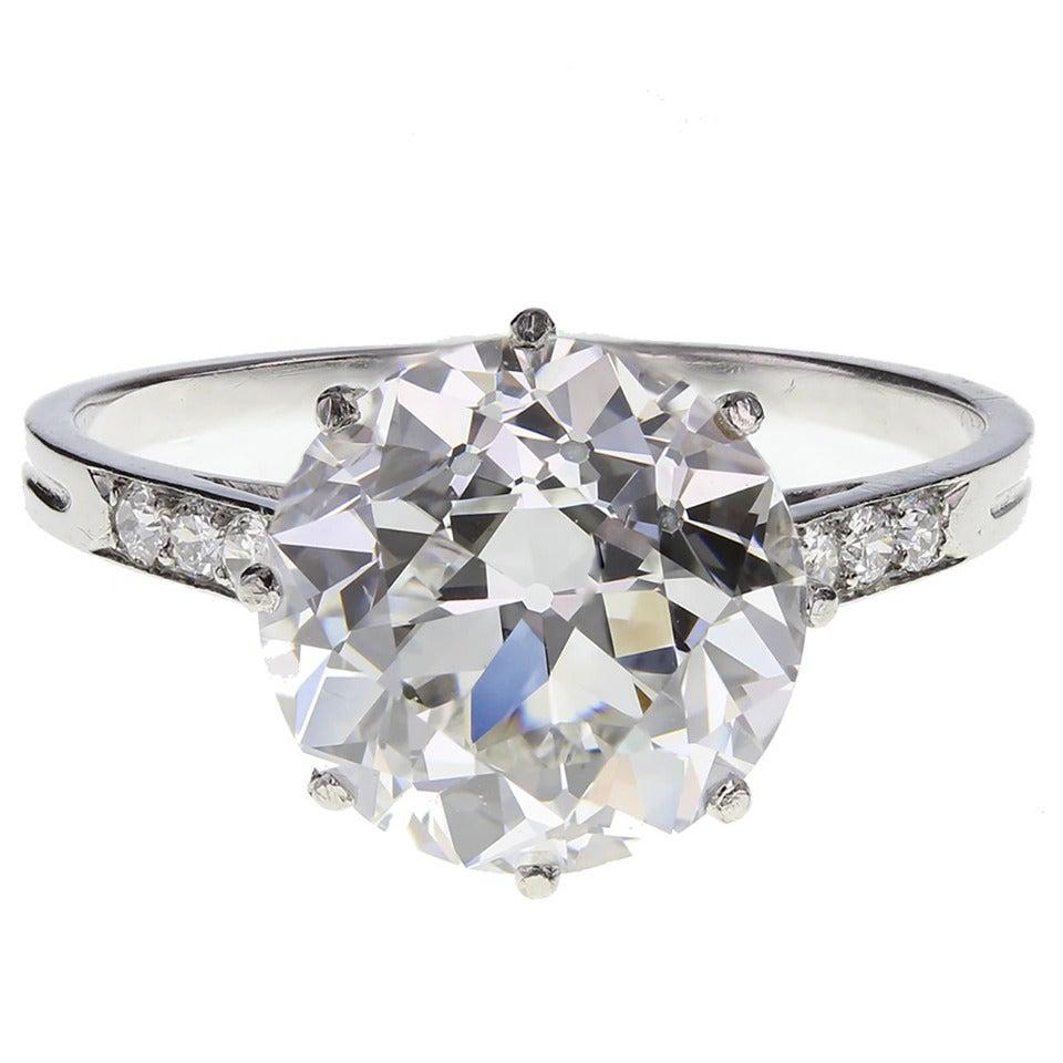 Boucheron 3.91 Carat Brilliant-Cut Diamond Platinum Engagement Ring For Sale