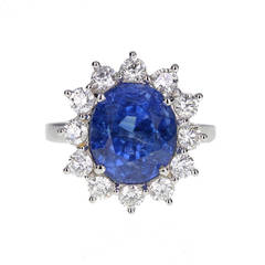Oval Brilliant Cut Burma 7.98 carat Sapphire Diamond Gold Cluster Ring