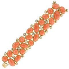 1970s Van Cleef & Arpels Coral Diamond Gold Bracelet