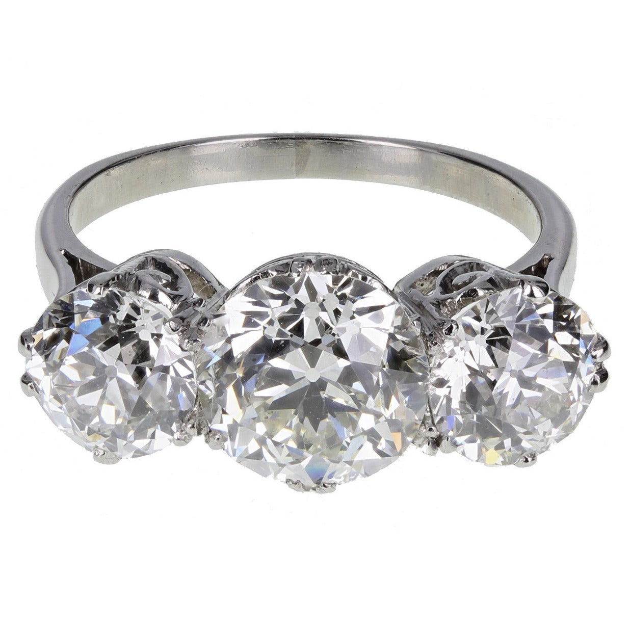 1920s Traditional Three Stone Diamond Platinum Ring 1