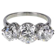 1920s Traditional Three Stone Diamond Platinum Ring