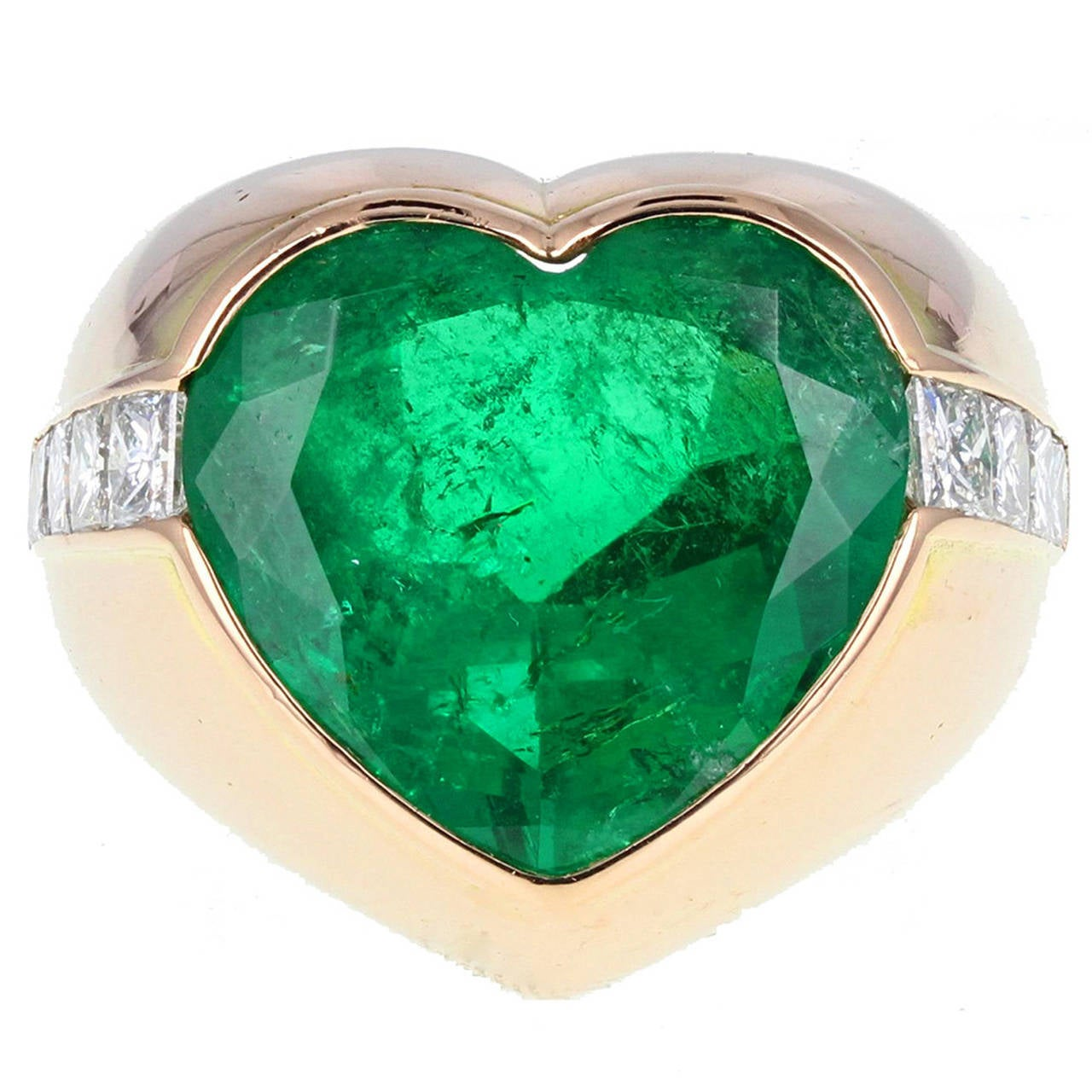 Colombian Minor Oil Heart Shaped Emerald Diamond Ring