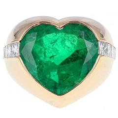 Colombian Minor Oil Heart Shaped Emerald Diamond Ring