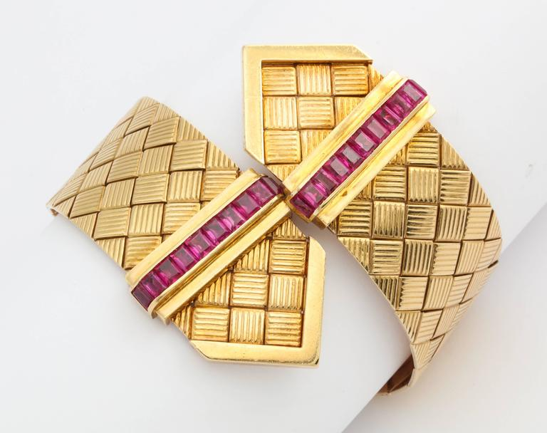 1940s Ruby Gold Crossover Buckles Bracelet 5