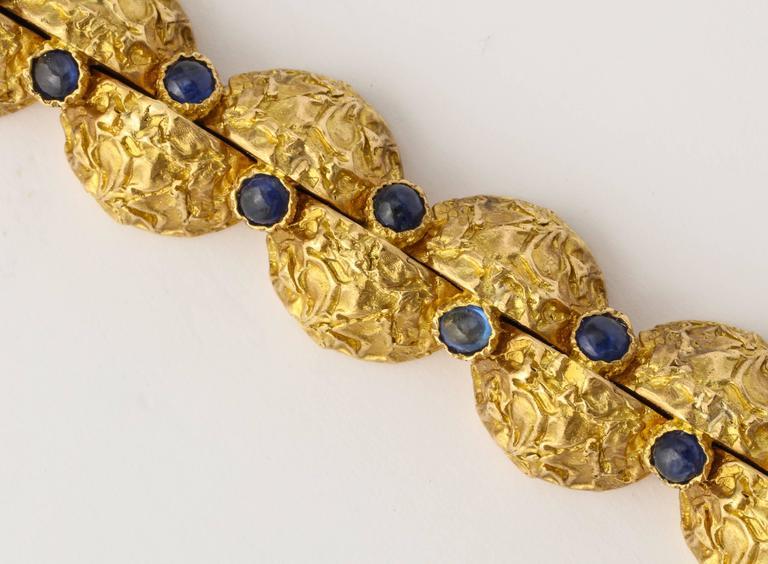 1970s Cartier Paris Sapphire Gold Bracelet For Sale 3