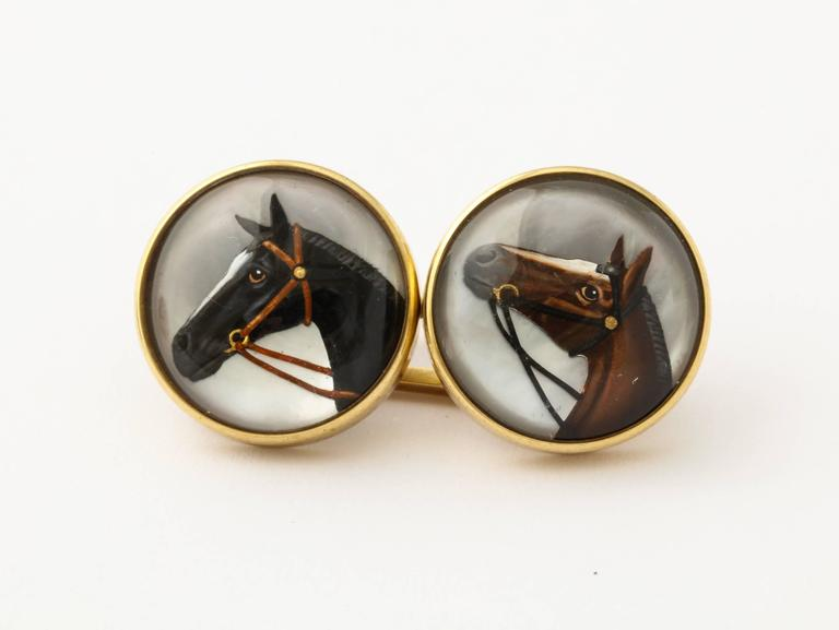 Horse Head Reverse Painted Intaglio Crystal Gold Cufflinks In Good Condition For Sale In New York, NY