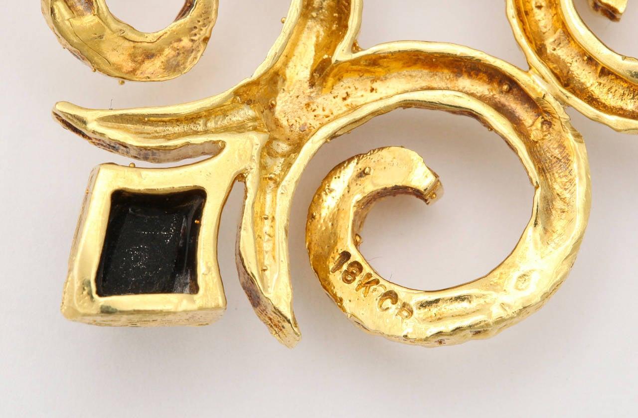 1970s Cindy Royce Black Jade Gold Dangle Earrings 4