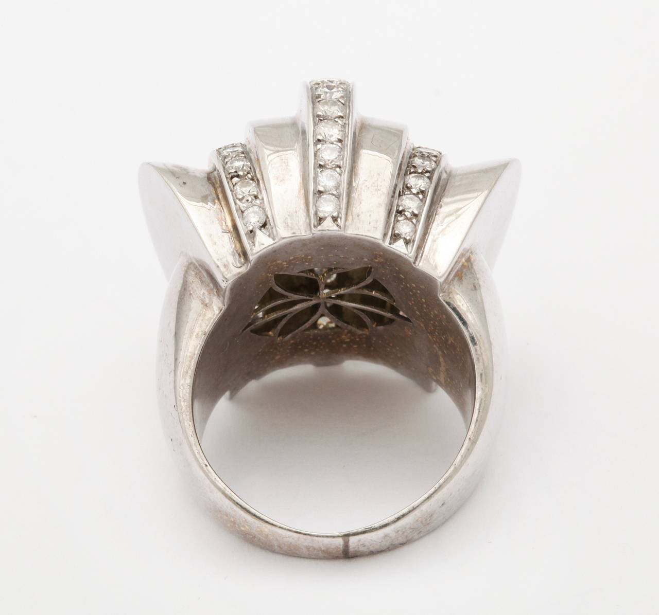 1940s Retro Diamond Gold Cocktail Ring In Excellent Condition For Sale In New York, NY