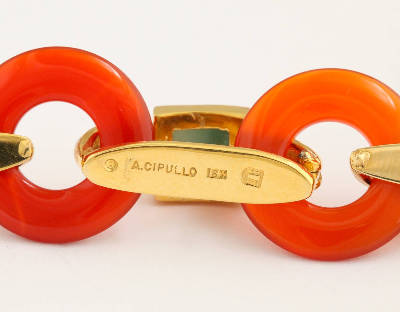 1970s Aldo Cipullo Carved Carnelian Jade Gold Link Necklace 4