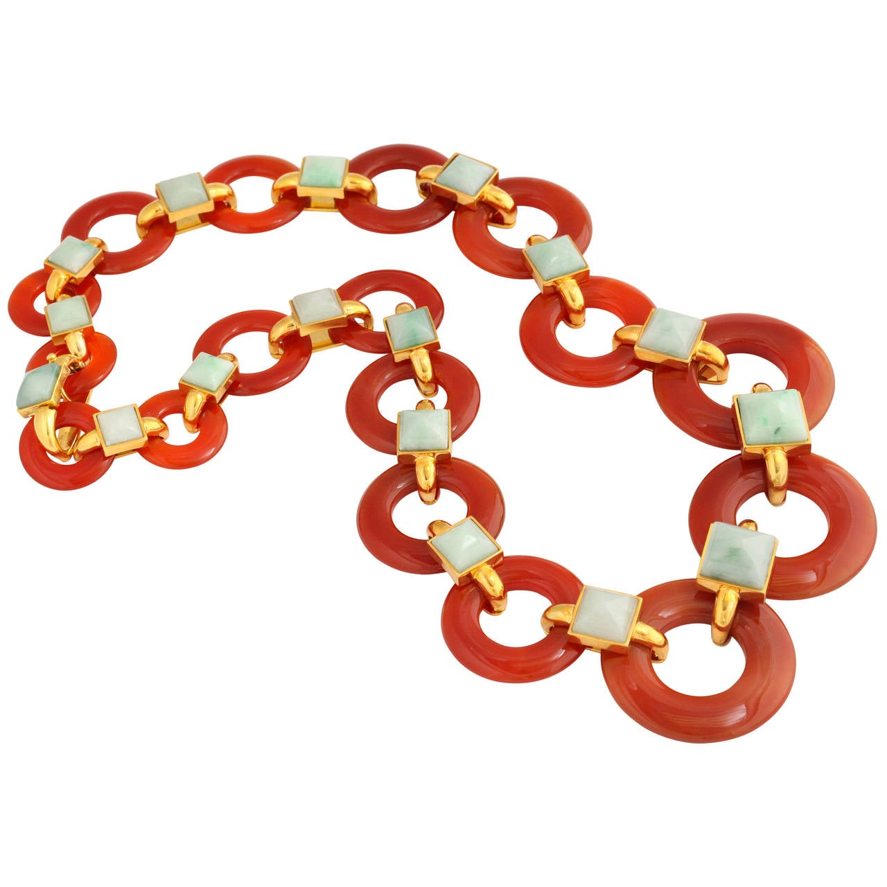 1970s Aldo Cipullo Carved Carnelian Jade Gold Link Necklace For Sale