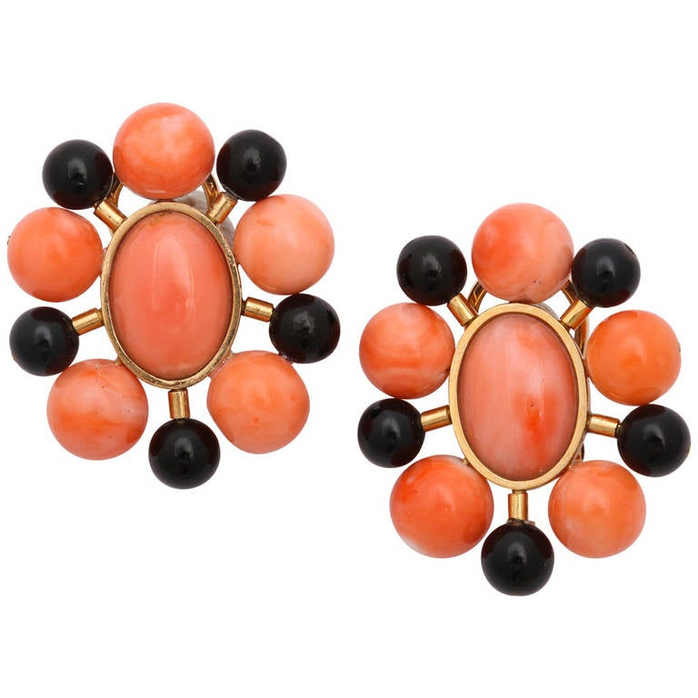 1970s Black and Orange Coral Bead Gold Earclips 1