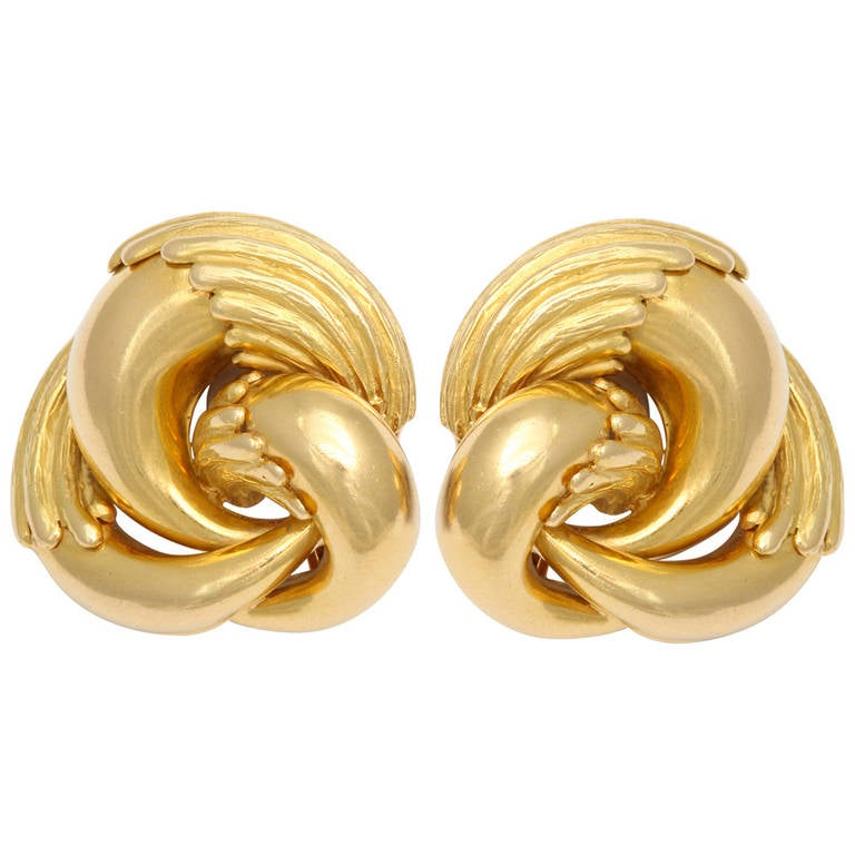 1970s Cartier Eagle Claw Gold Ear Clips