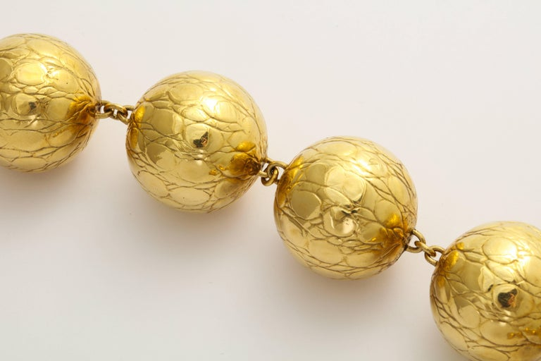 Gucci Alligator Finish Large Gold Ball Necklace In Excellent Condition For Sale In New York, NY