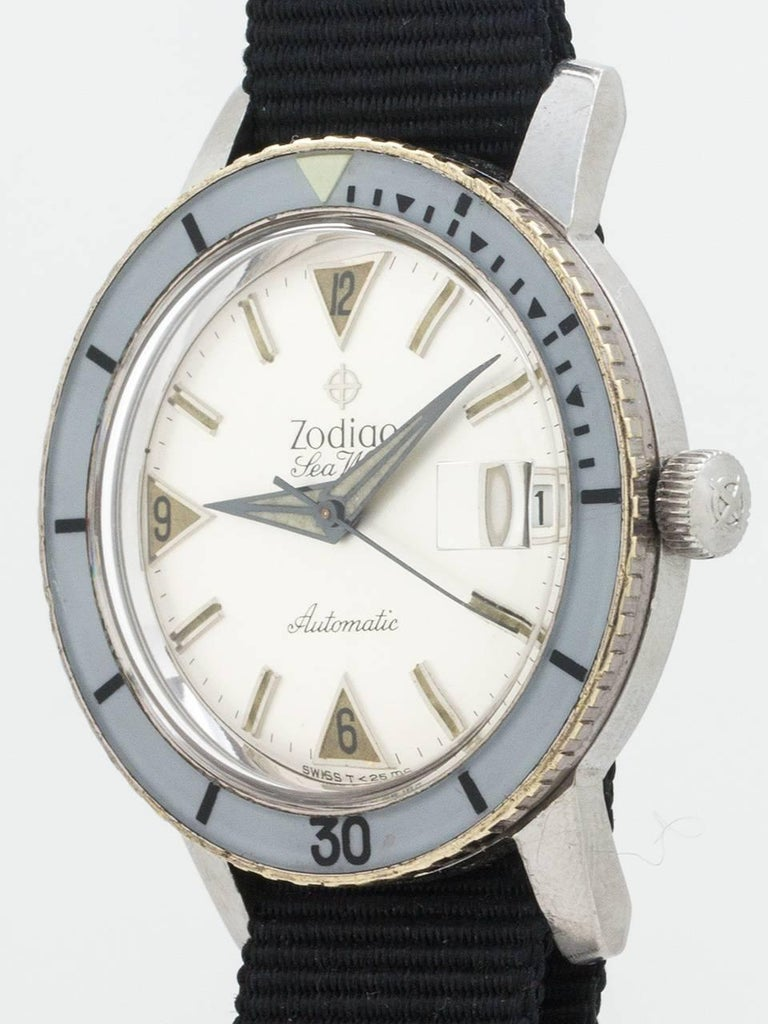 Zodiac Stainless Steel Seawolf Self Winding Wristwatch, circa 1960s In Excellent Condition For Sale In West Hollywood, CA