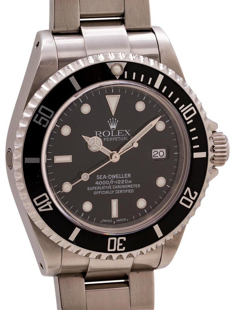 Rolex Sea-Dweller ref 16600, Y serial# circa 2002. Featuring 40mm diameter stainless steel case with unidirectional elapsed time bezel and sapphire crystal. Original glossy black dial with luminova indexes and matching hands and original elapsed