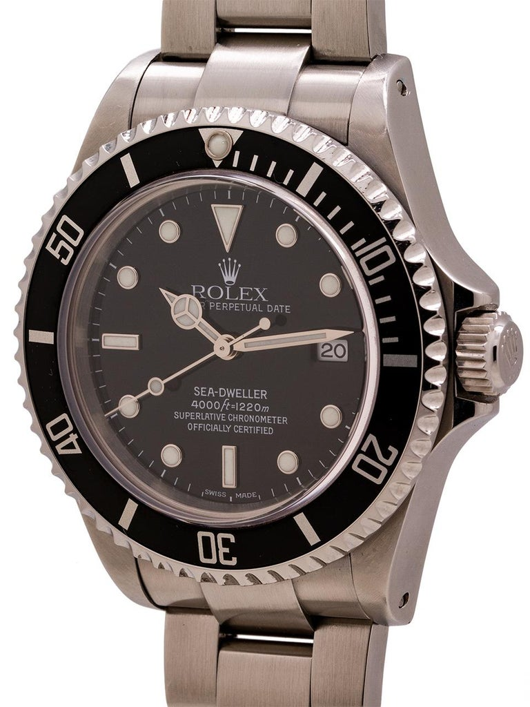 Rolex Sea-Dweller Ref 16600 Stainless, circa 2002 In Excellent Condition For Sale In West Hollywood, CA