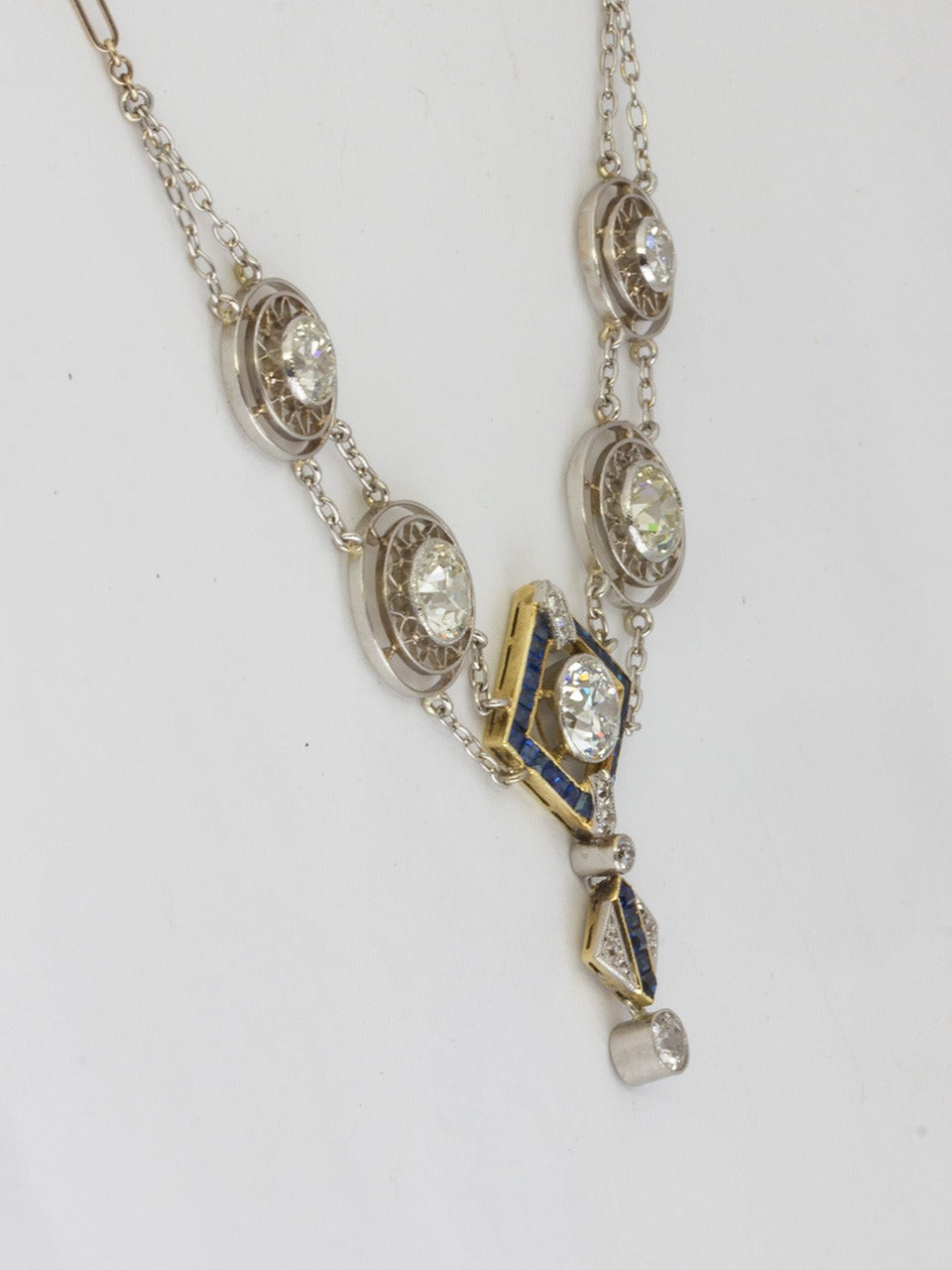 1920s Art Deco 3.50 Carat Platinum 18 Karat and Diamond Lavalier Necklace In Excellent Condition For Sale In West Hollywood, CA