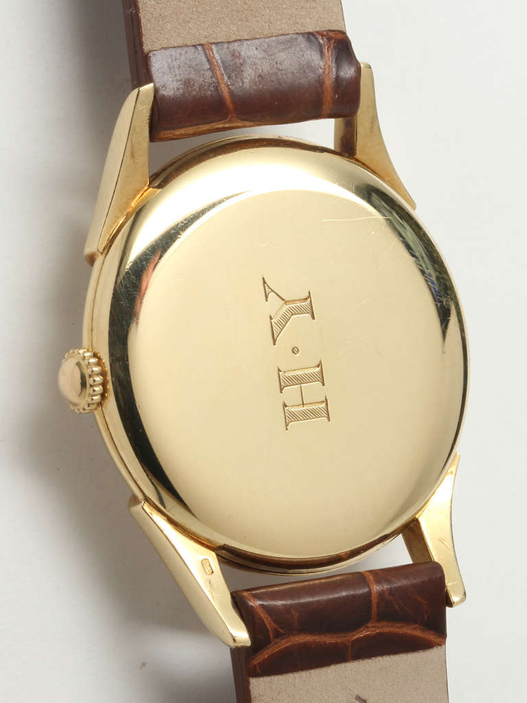 Men's Vacheron & Constantin Yellow Gold Wristwatch with Guilloche Dial circa 1950s For Sale