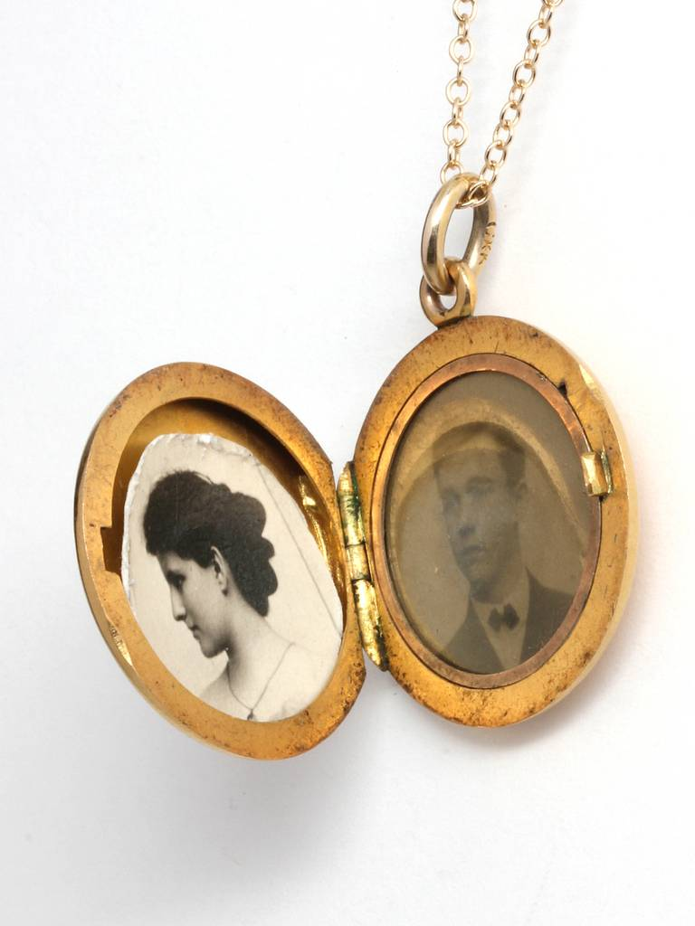 1930s Yellow Gold Engraved Locket Necklace At 1stdibs